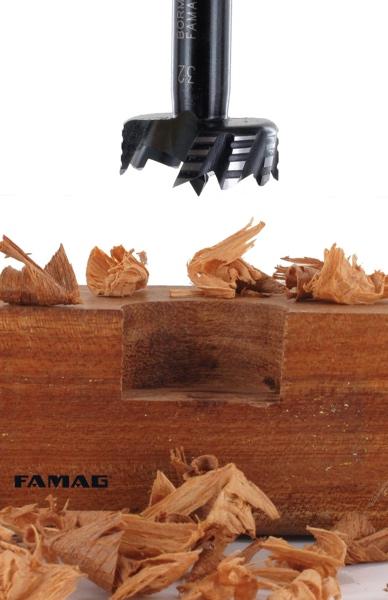 Vết khoét hay bề mặt mịn của mũi khoan 1622
