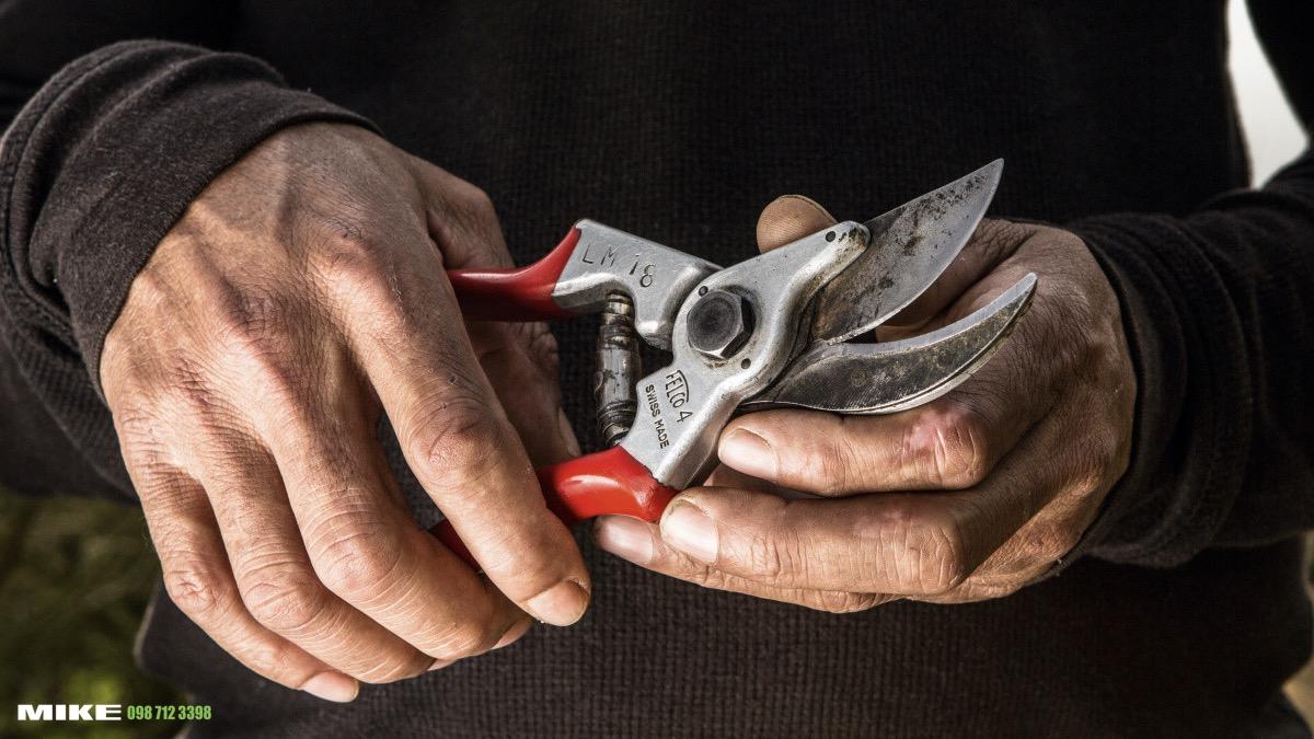 FELCO 4One-hand pruning shear
