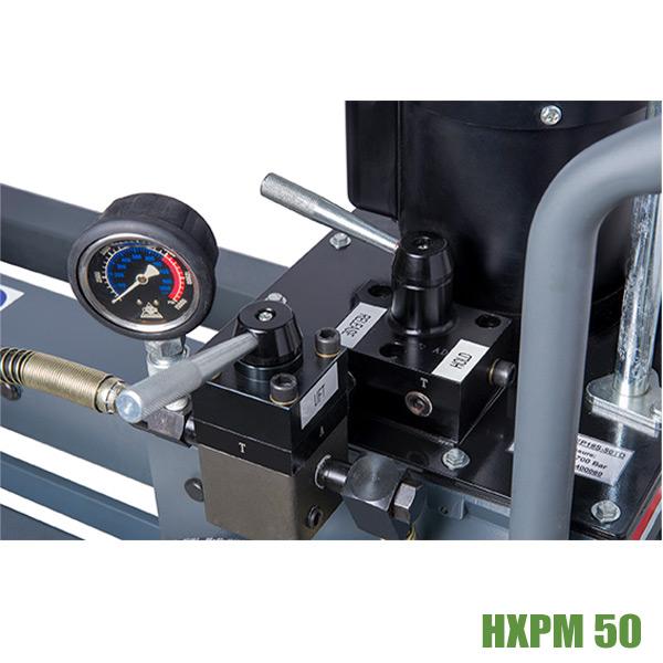 Hydraulic puller BETEX HXPM 50 ton valve block